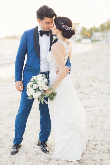 Groomsmen Attire - Matching or Mixing It Up? 3