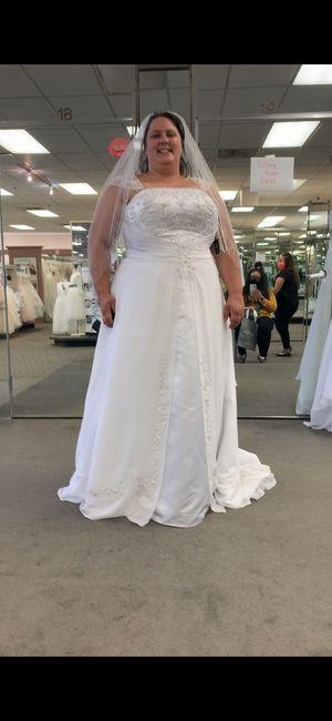 i found my dress. 1