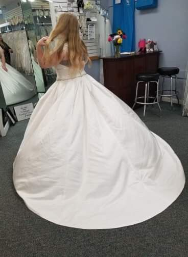 My wedding dress, i absolutely love it, adding sleeves!  Anyone else wearing a ball gown?? 1