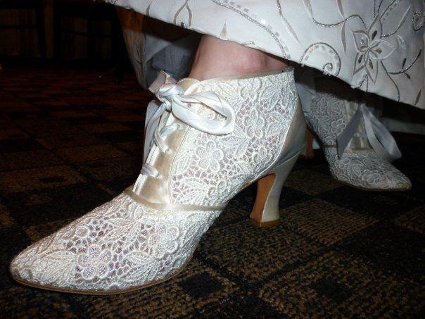 Petite brides - show me your shoes. 4
