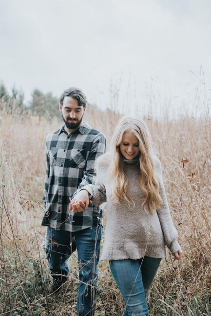 Favorite engagement pictures! 1