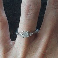 What shape is your engagement ring? 💍 - 1