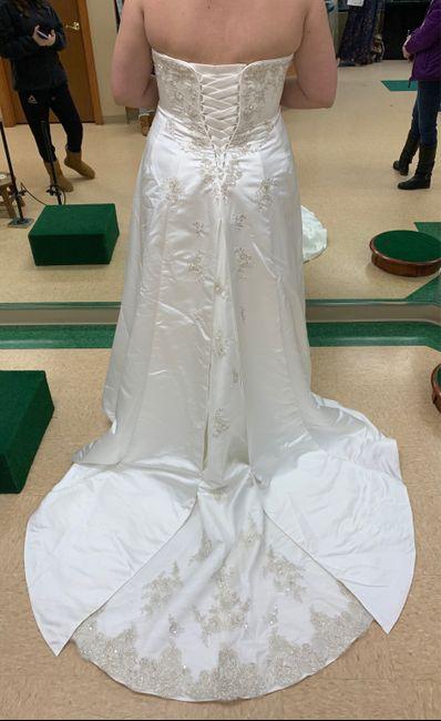 Wedding dress trains...yes or no? 1