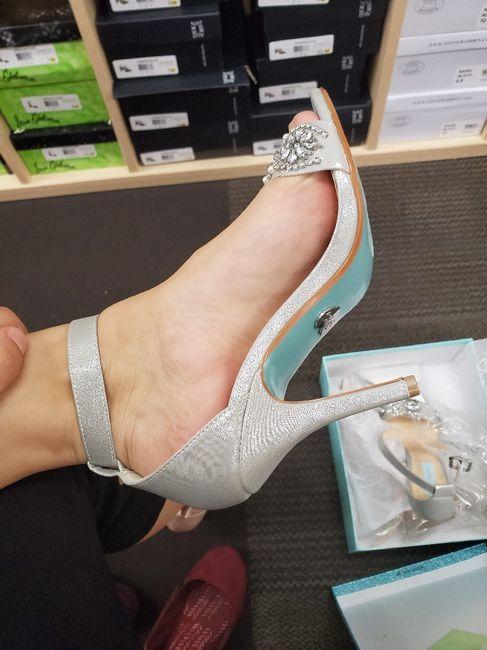 i got my shoes! 1