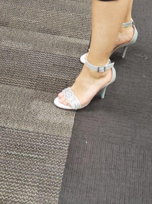 i got my shoes! 3