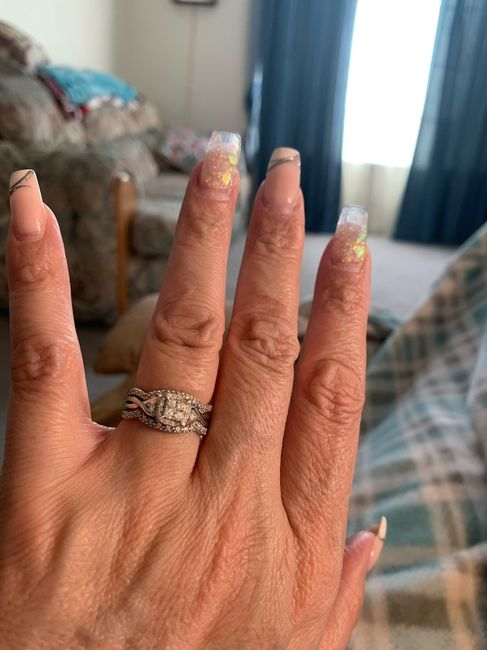 Show me your wedding bands! 😍 6
