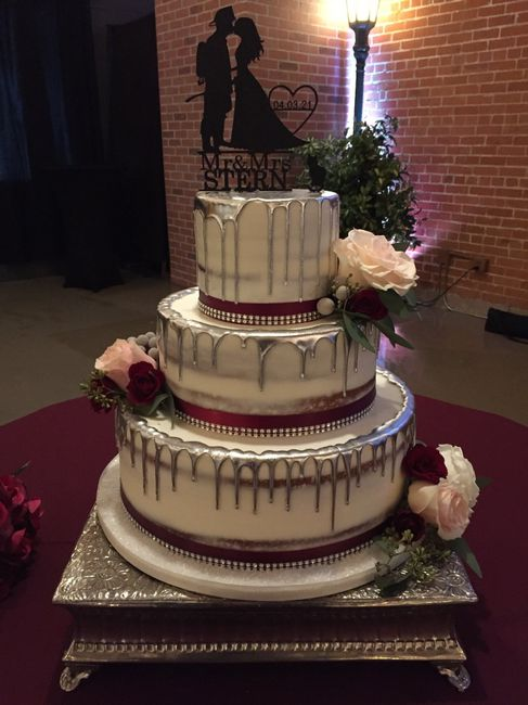 Fake Wedding Cake..... Yes or No? 1