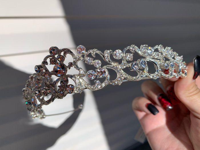 Help finding tiara? 2