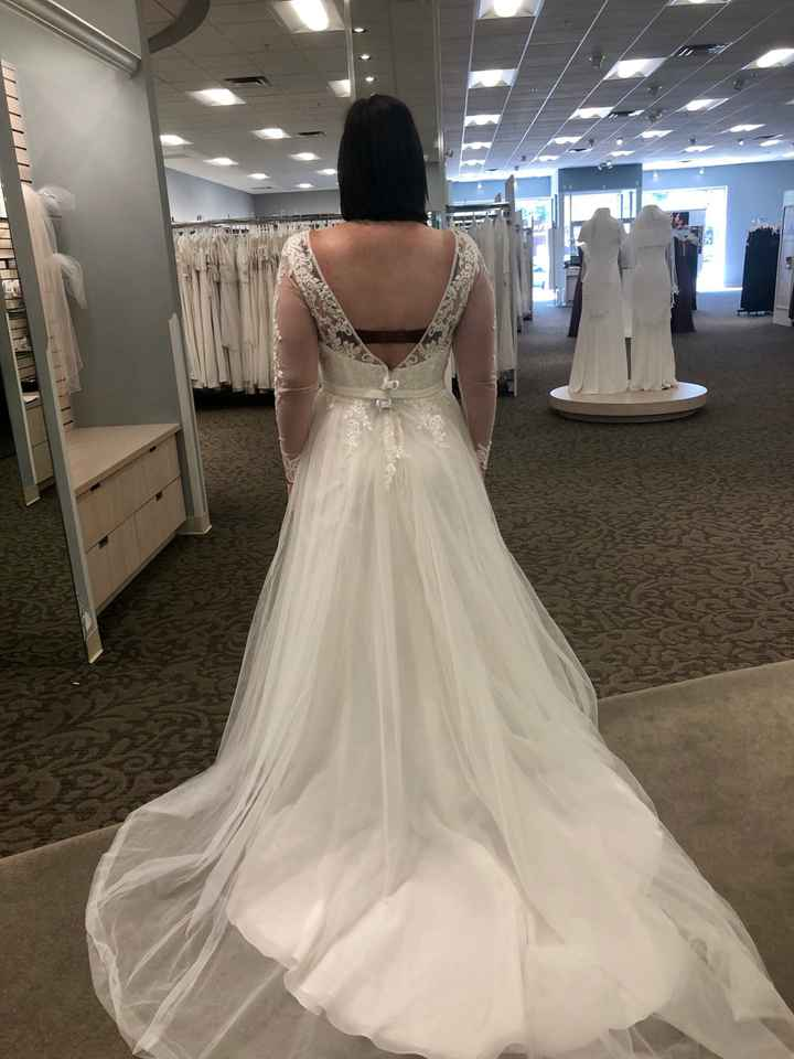 Who's going wedding dress shopping with you? - 2