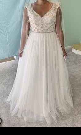 Wedding dress concerns 1