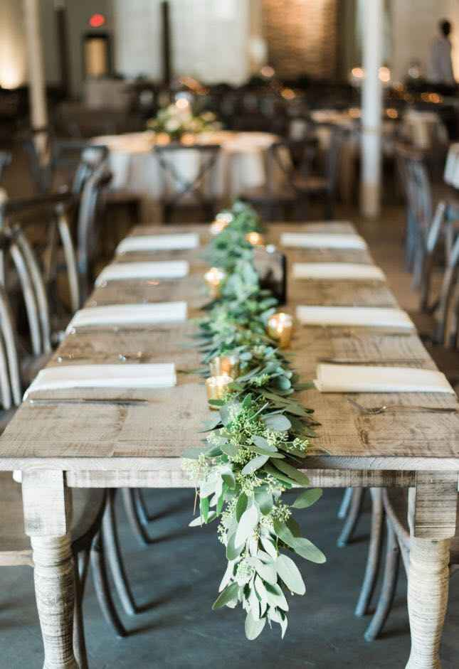 Garland Table Runners - 1