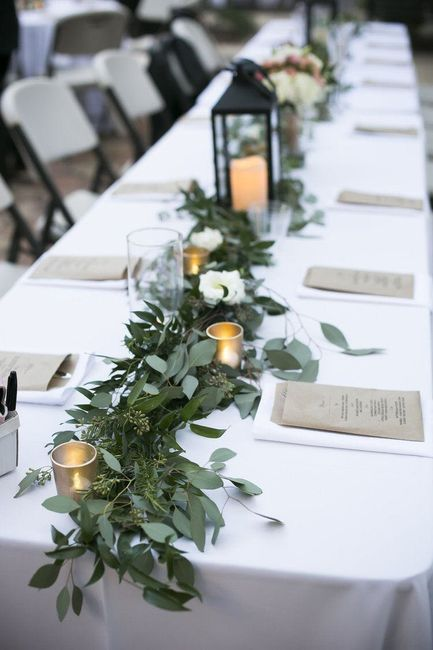Garland Table Runners - 2