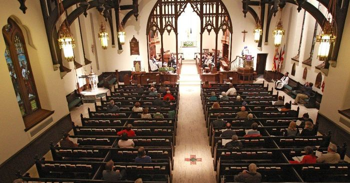 Church/how Brides: Show off Your Venue! 7