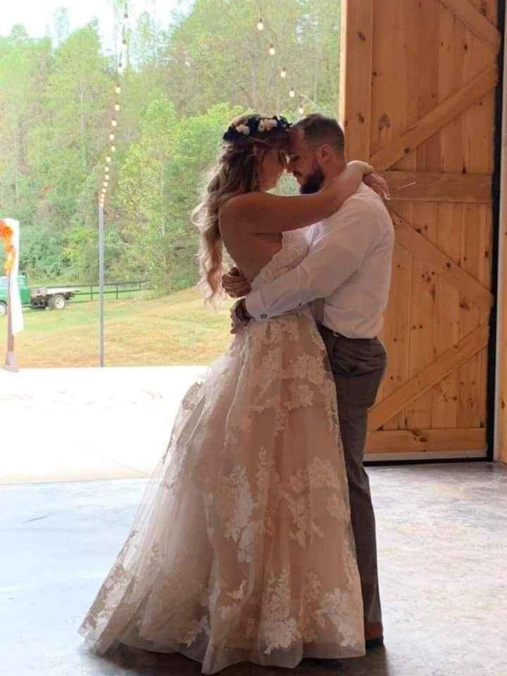 I'm married! Pics!! - 2