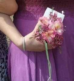 Not carrying a bouquet. - 1