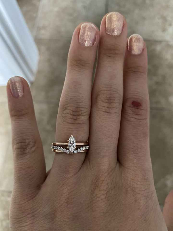 Show me your wedding bands! 😍 - 1