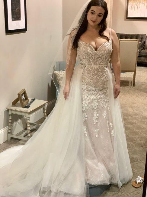 Fall wedding dress inspo 11
