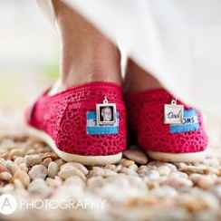 tiny picture frames on your shoes