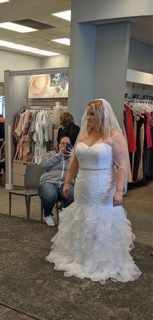 Petite brides Show your dresses! 9