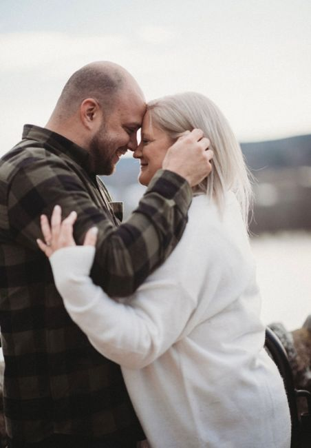 Favorite engagement pictures! 20