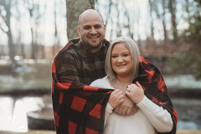 Favorite engagement pictures! 21