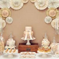 DIY Backdrop cake table