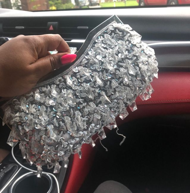Show me your wedding day purse! 4