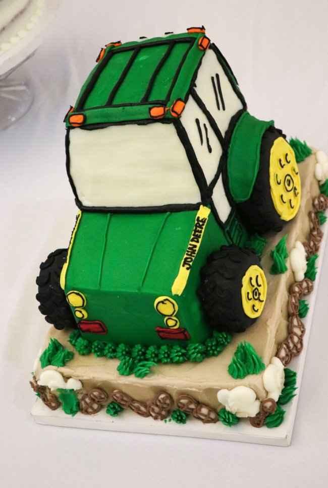 Husband's grooms cake
