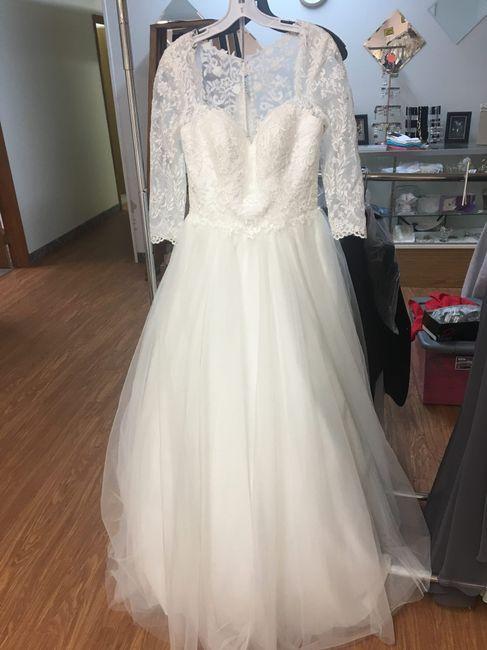 Show me your dresses?! 1