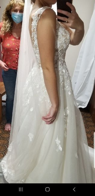 Help! Does my veil go with my dress? 3