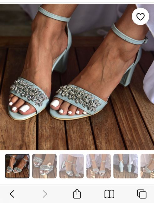 Has anyone done blue shoes with your wedding dress? 5