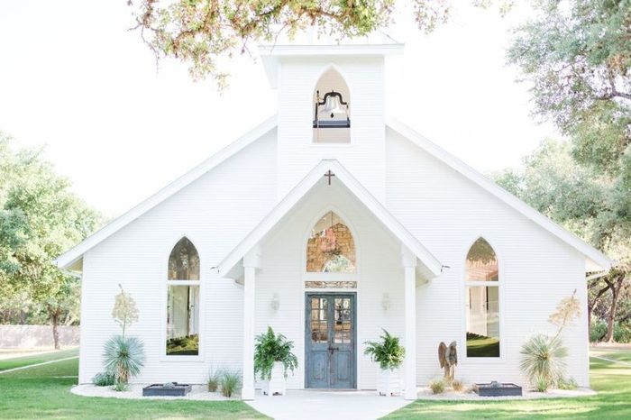 Ceremony Venue: Modern or Traditional? 2