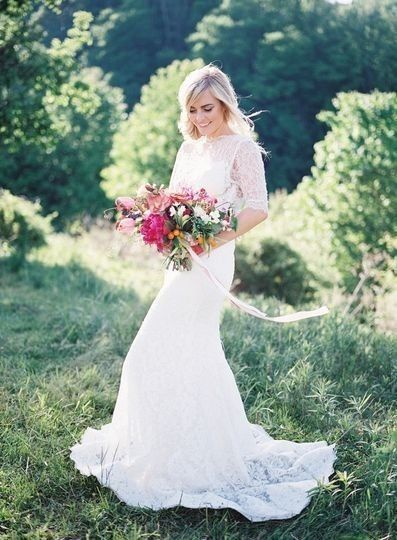 Wedding Dress - White or Colorful? 1