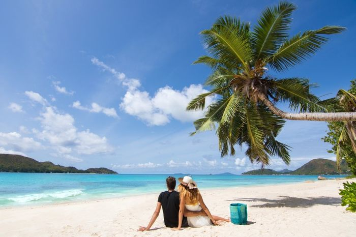 How many days will you spend on your honeymoon? 1