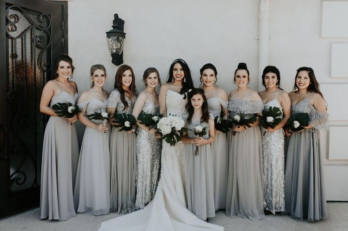 Bouquets - Matching or Mixing It Up? 2
