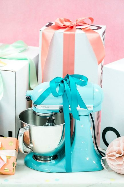 Wedding Superstitions - Using Your Gifts Before the Wedding Day? 2