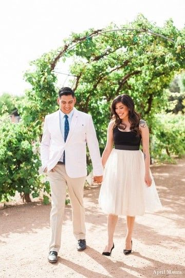 Engagement Pictures, Holding Hands