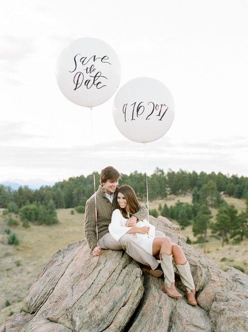Save the Date Engagement Pictures - Balloons