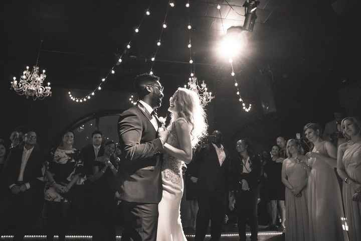Black and white picture of couple doing first dance