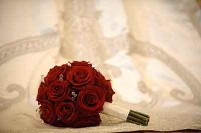 White bridal bouquet?