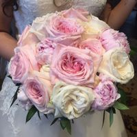Let's see everyone's bridal bouquets! - 1