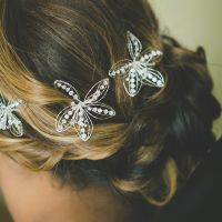 Show me your wedding day hair