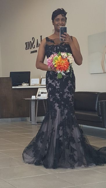 Second thoughts on non traditional wedding dress 1