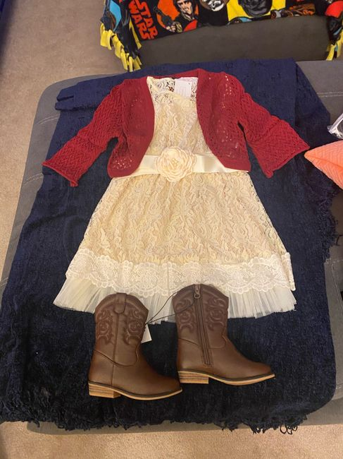 The flower girl outfits! 1
