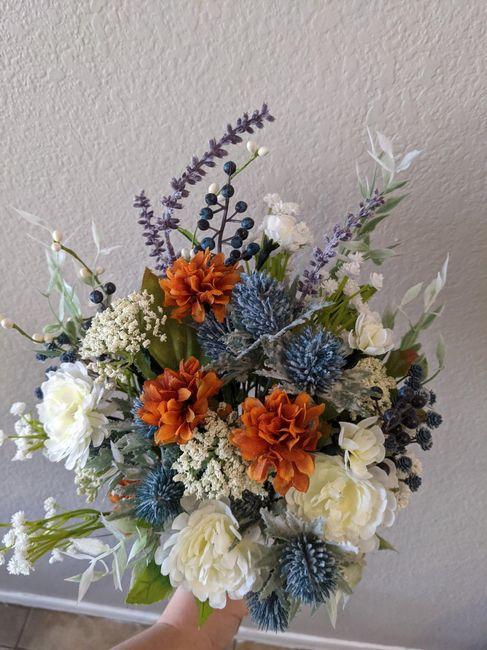 Help me figure out my bridesmaids bouquets? Please? - 3