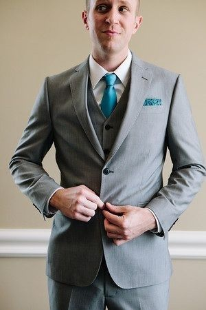 What color for the groom??? 3