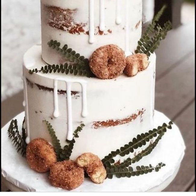 Wedding Cakes Without Flowers 14