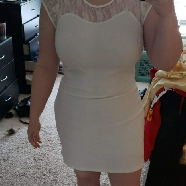 Can i see your bridal shower dresses? 3