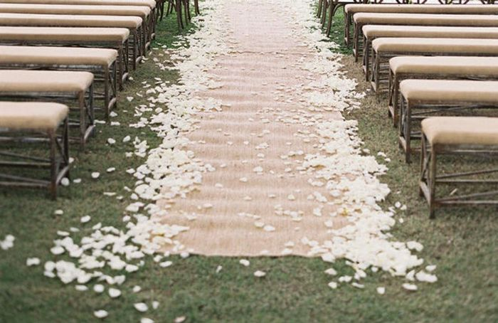 How are you decorating your wedding aisle? - 1