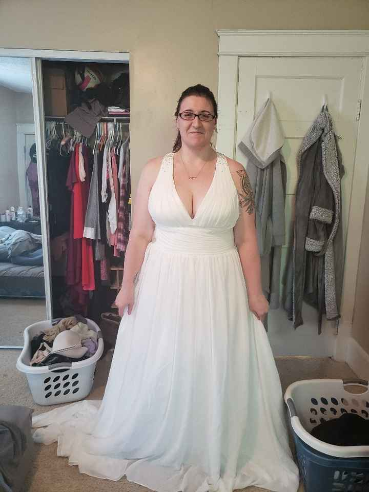 Feeling Down, Show me your dresses on you - 1